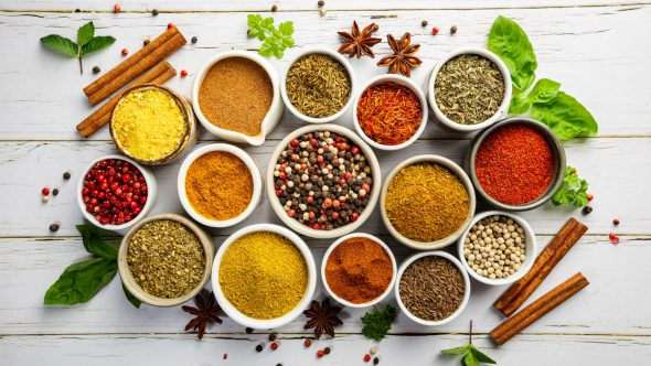 10 Healthy Herbs and Spices